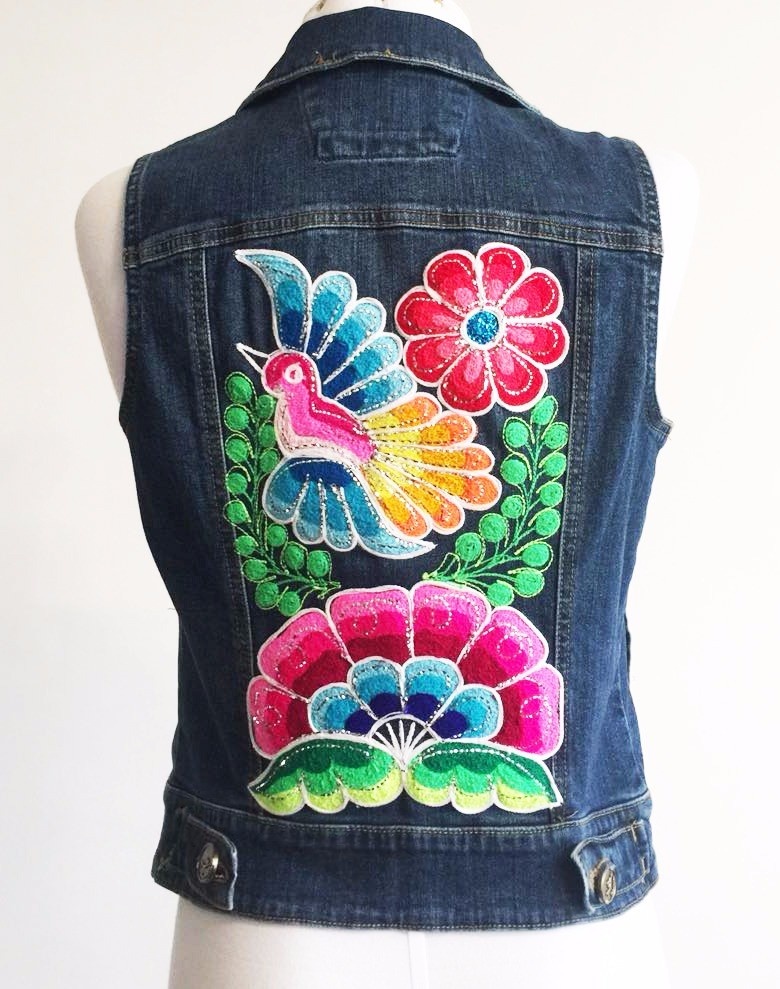 Embroidered jean jacket, flowers and bird - Size S