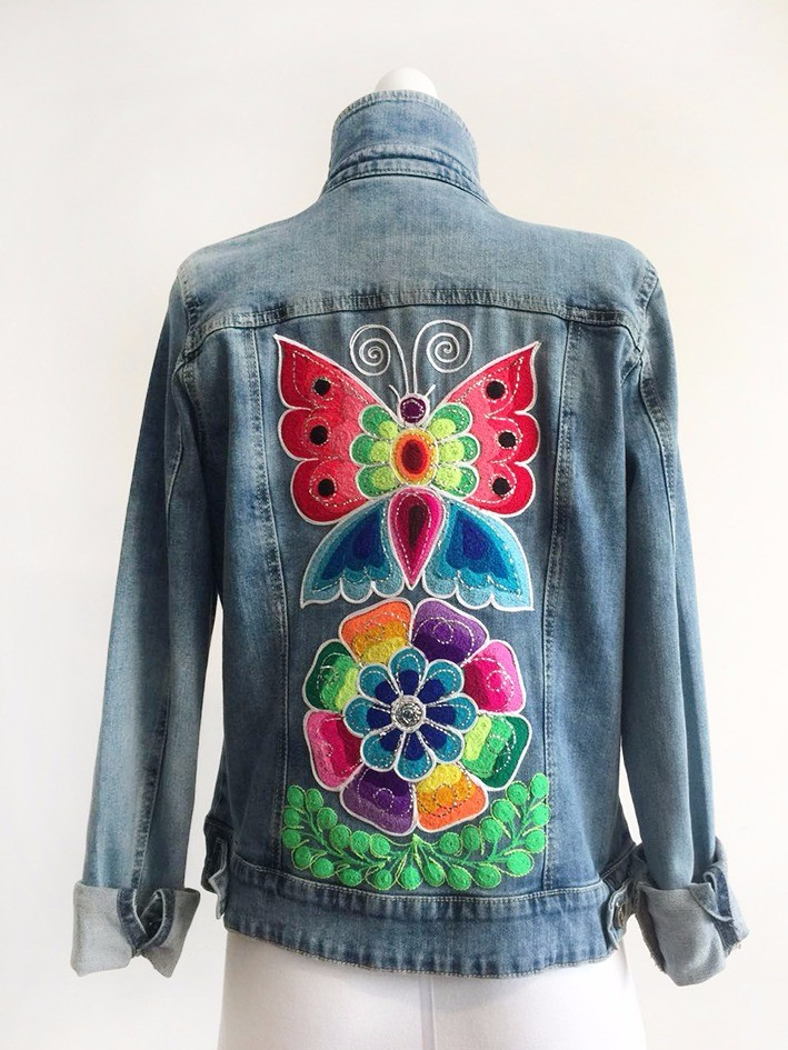 Embroidered jean jacket - Size L