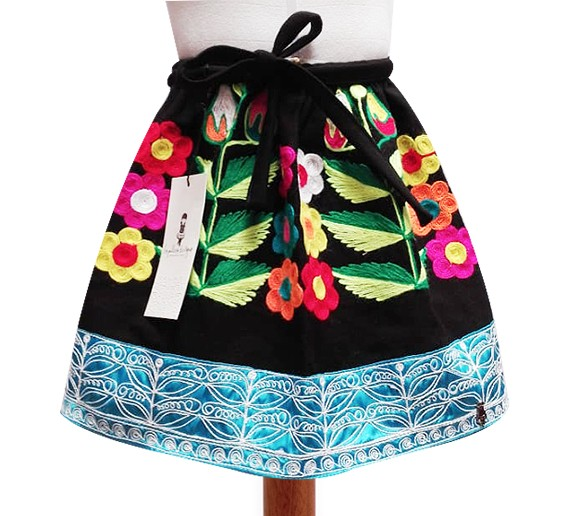 Pomabamba Andean Skirt, Size 8 - 10